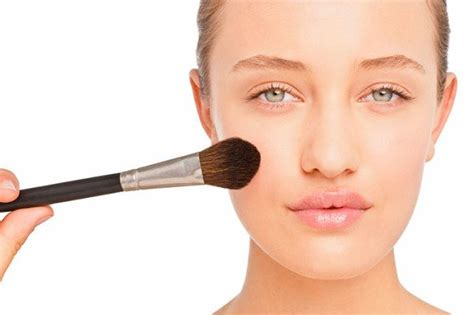 9 Simple Makeup Tricks From - 16 smart tips and tricks you should