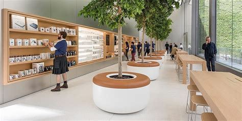 apple store to and i it many apple stores set to receive overnight makeover on may