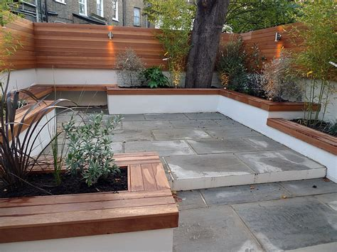 Paving Planters by Modern Courtyard Low Maintenance Outdoor