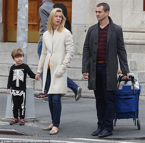 claire danes son claire danes and hugh dancy s son cyrus dons his halloween
