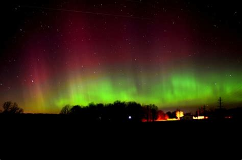 Northern Lights Tonight by Northern Lights Borealis Could Be Visible In South
