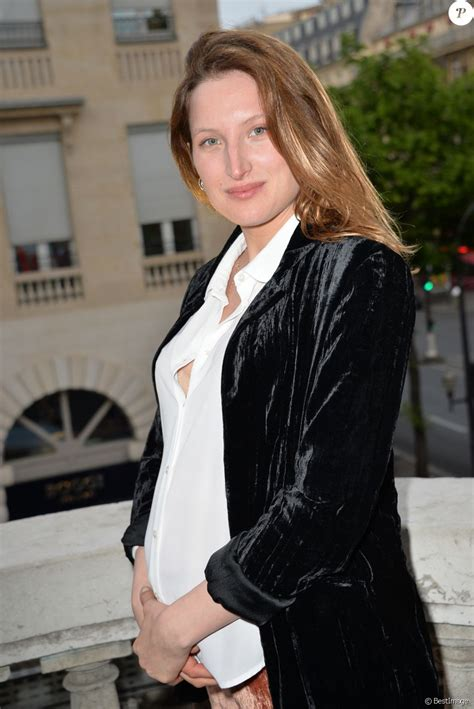 julia piaton julia piaton enceinte lors de l avant premi 232 re du film