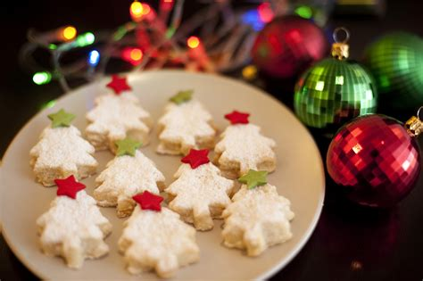 christmas tree biscuits or cookies 8000 stockarch free