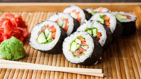 come cucinare il sushi come preparare il sushi a casa senza impazzire facilissimo