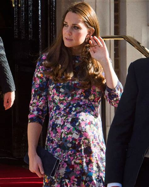 princess kate pregnant kate middleton shows off blossoming baby bump in designer