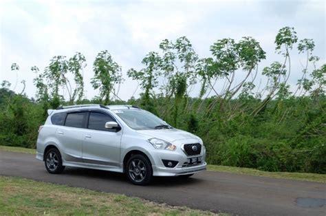 Tv Mobil Datsun Mobil Datsun Optimis Regulasi Baru Taksi Menguntung