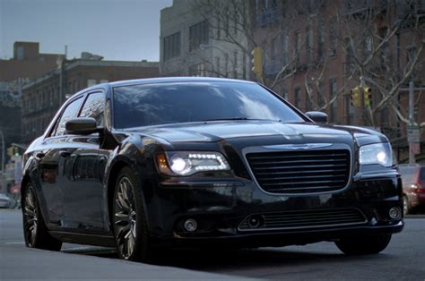 jeep chrysler 2014 2014 chrysler 300c varvatos edition front three quarter 02