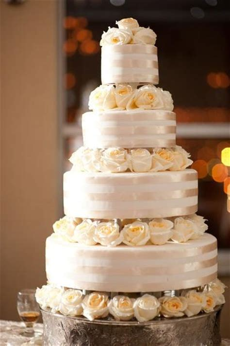 The Top Five Bag Cakes Beacuse Theyre And by Top 10 Wedding Cake Designs Cake Weddings