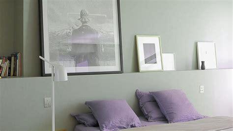 Attrayant couleur peinture pour chambre a coucher #1: source-Ressouce-la-peinture-grise-se-veut-claire-et-lumineuse-dans-la-chambre_5412169.jpg
