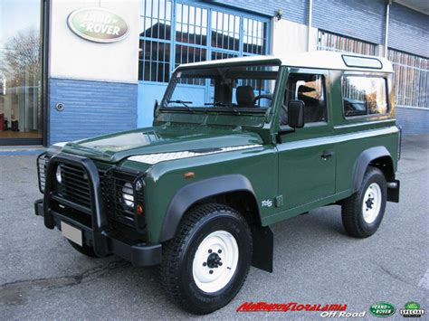 2000 land rover green land rover defender 90 td5 sw model year 2000 color