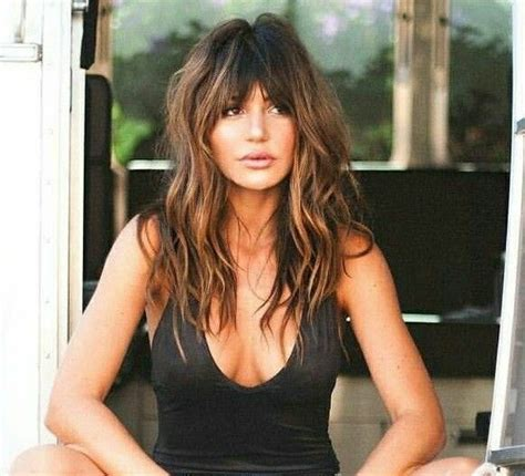 britt westbourne new hairstyle 60 s style beach hair with bangs frisyrer pinterest