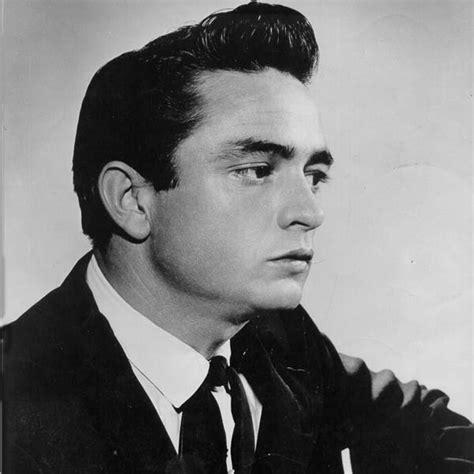 pompadour males 50s 60s define 53 inspirational pompadour haircuts with images men s