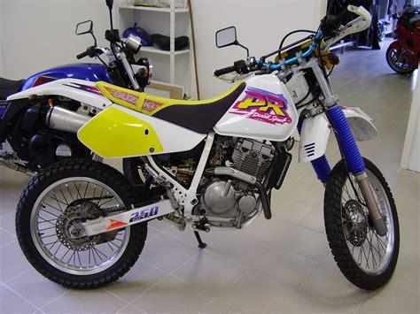 Suzuki Dr250 Suzuki Dr 250 Review And Photos