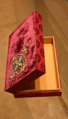 Box Kemasan Souvenir Motif Bunga Flowers Box Packaging Box Hpk018 gift boxes on indian wedding favors royal style and gift boxes