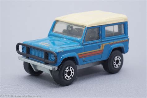 land rover matchbox 100 matchbox land rover discovery two lane desktop