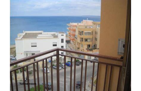 gallipoli appartamenti vacanze sul mare privato affitta appartamento vacanze yellow house