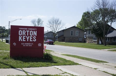rockford housing authority rockford housing authority board considers orton keyes redevelopment news rockford