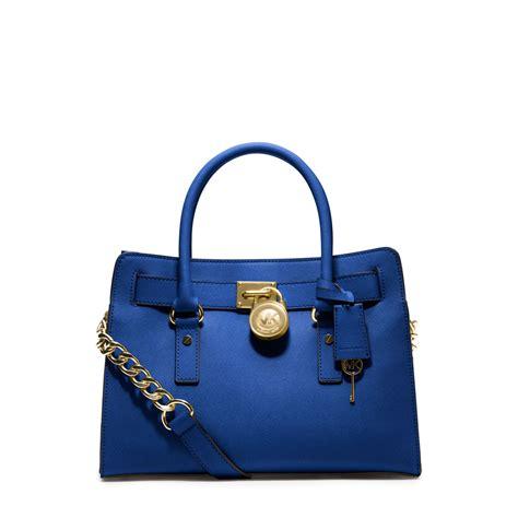Tas Michael Kors Saffiano Hamilton michael kors hamilton saffiano leather medium satchel in blue lyst
