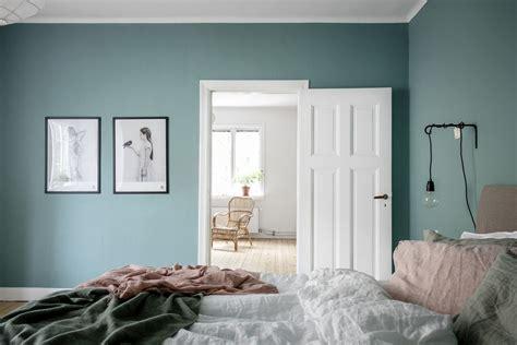 slaapkamer kleuren slaapkamer verven ga voor de hippe kleur aqua blauw roomed