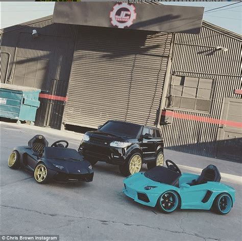 mini car replicas chris brown gives royalty mini replicas of his