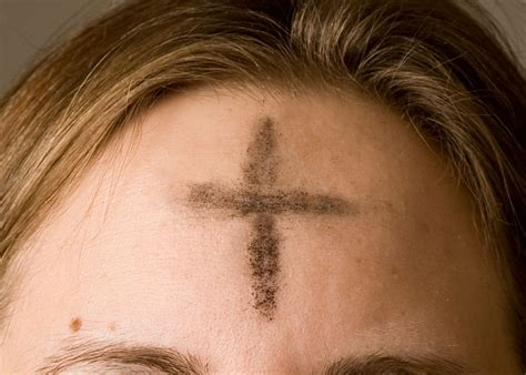 Cross On Forehead Meaning Ash Wednesday