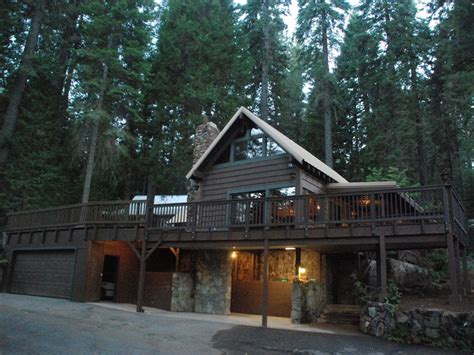 Yosemite Friendly Cabins by Vacation In Yosemite Classic Mountain Vrbo