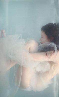 underwater bathtub silence drowning