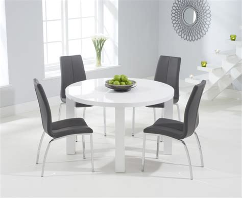 High Gloss Dining Table Set Atlanta 120cm White High Gloss Dining Table With Cavello Chairs The Great Furniture