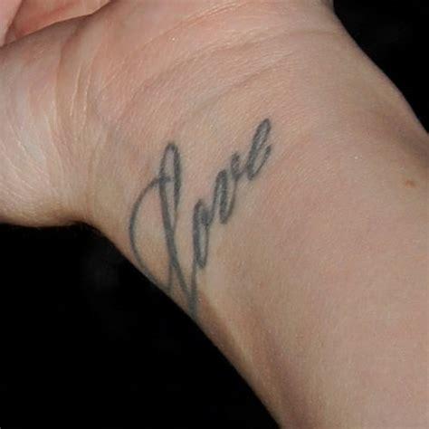 zoella tattoo on wrist jessica origliasso writing wrist tattoo steal her style