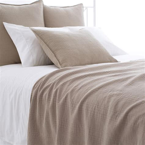 matelasse coverlet queen kelly matelasse queen coverlet