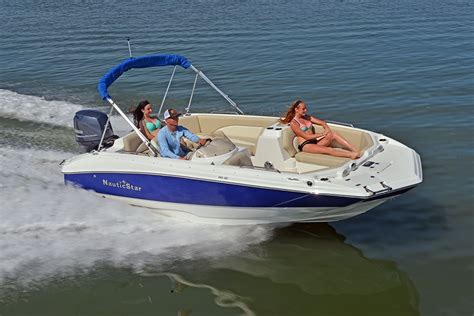 nautic star deck boat covers new 193 sc sport deck by nauticstar packs a powerful punch