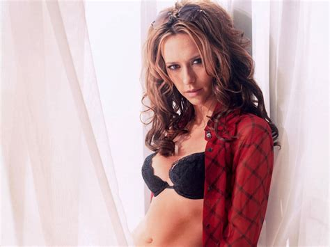 tattoo jennifer love hewitt jennifer love hewitt hot photos 21 tattoo and wallpaper blog