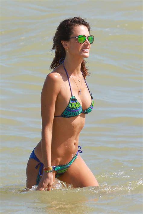 Alessandra ambrosio hot sexy