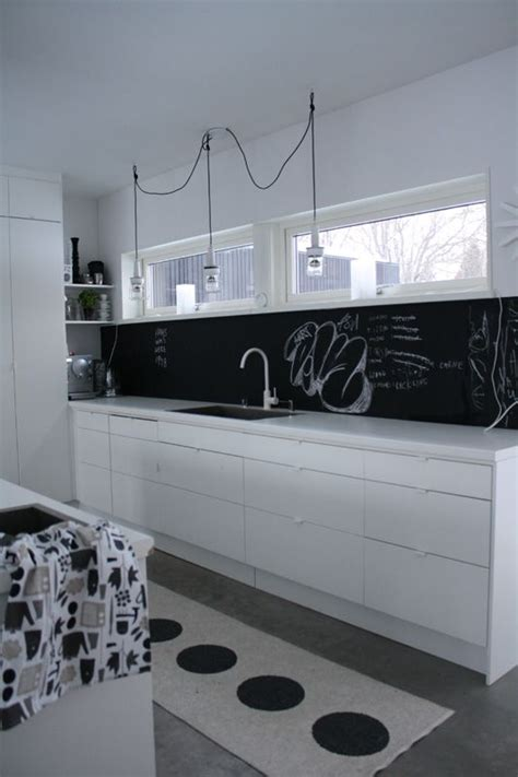 chalkboard backsplash i like