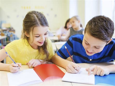 imagenes comicas de niños estudiando c 243 mo ayudar a tus hijos a tener unos buenos resultados