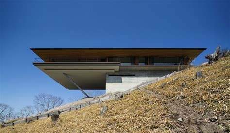 mountain side house a sleek mountainside house by kidosaki architects ignant com