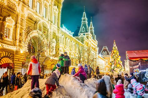 the center of moscow decorated for new year holidays