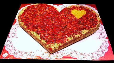 Hochzeitstorte Erdbeerherz by Erdbeer Herz F 252 R Ihre Traumhochzeit Traumtorte