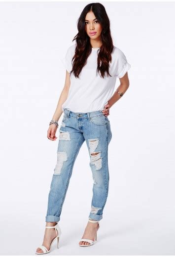 Celana Ripped Blue Washed ripped boyfriend missguided