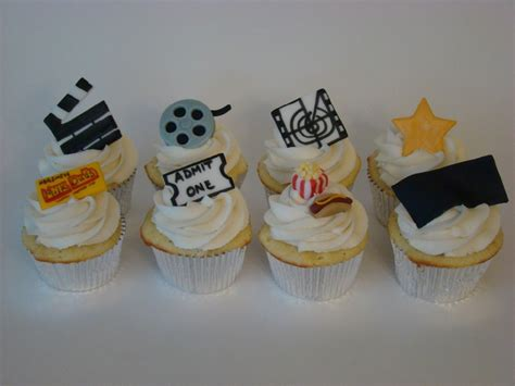 Bribes Cast And Crew With Cupcakes by 1000 Images About High School Cast Crew On