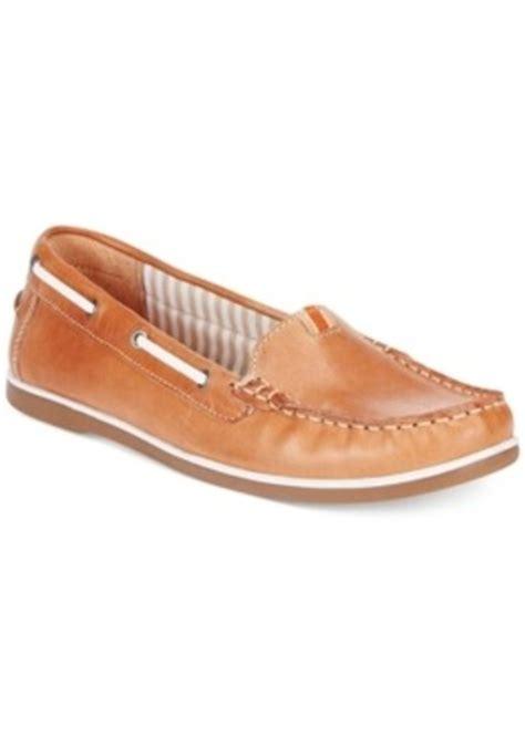 naturalizer hanover boat shoe naturalizer naturalizer hanover boat shoes s shoes