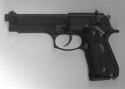 Airsoft Gun Pietro Beretta 92sx gif