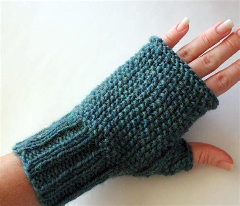 unsupported pattern js seeded fingerless gloves craftsy
