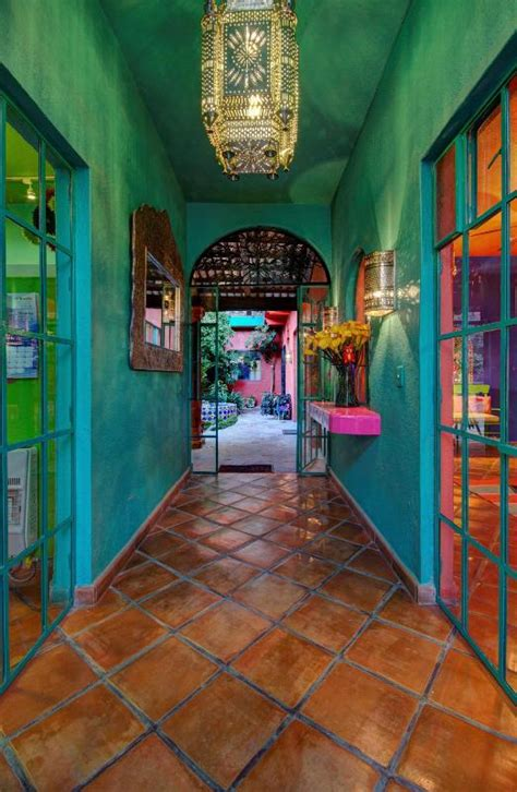 Mexican Interior Paint Colors by Mexican Interior Paint Color Schemes Pictures To Pin On