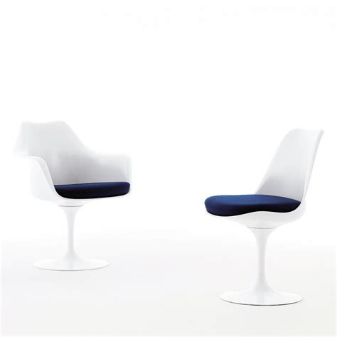 Saarinen Stuhl by Saarinen Tulip Side Chair Knoll