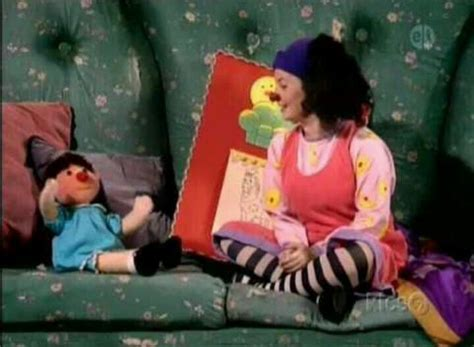 the big comfy couch video the big comfy couch life at the movies pinterest