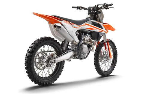 Ktm 250 Sxf Review Ktm 250 Sx F 2017 Review Specification And Ride