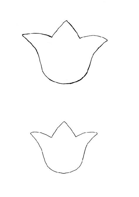 simple tulip outline www imgkid com the image kid has it