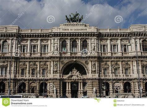 corte suprema di cassazione frammenti architettonici palazzo di giustizia corte