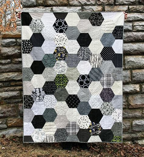 Grey Quilt by 25 Best Ideas About Grey Quilt On Modern